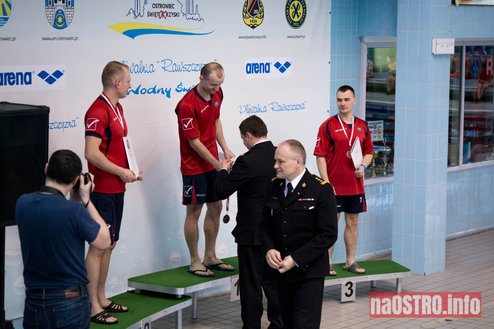 NaOSTRO pływackie zawody strażaków-7