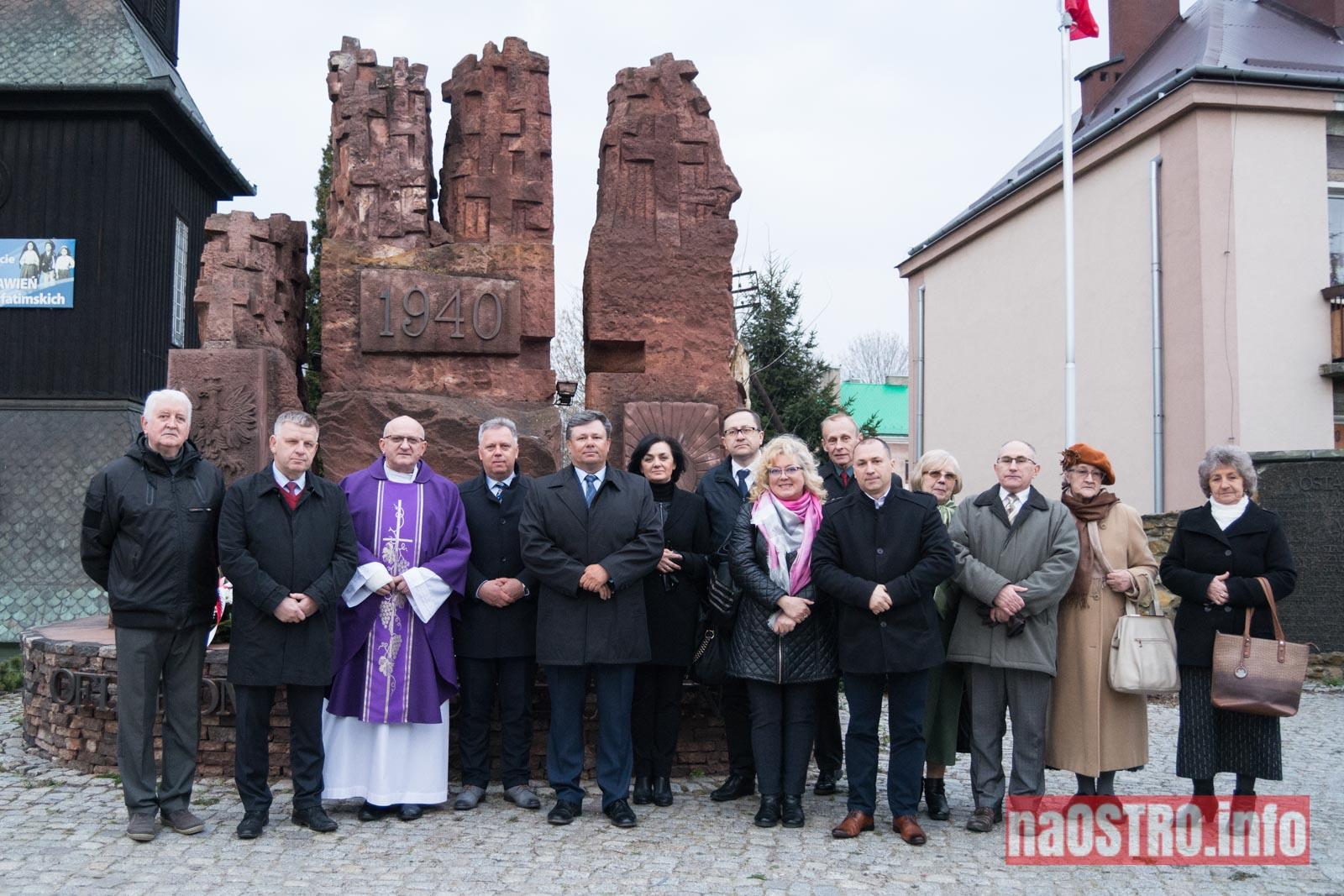 Pomnik katyński-31