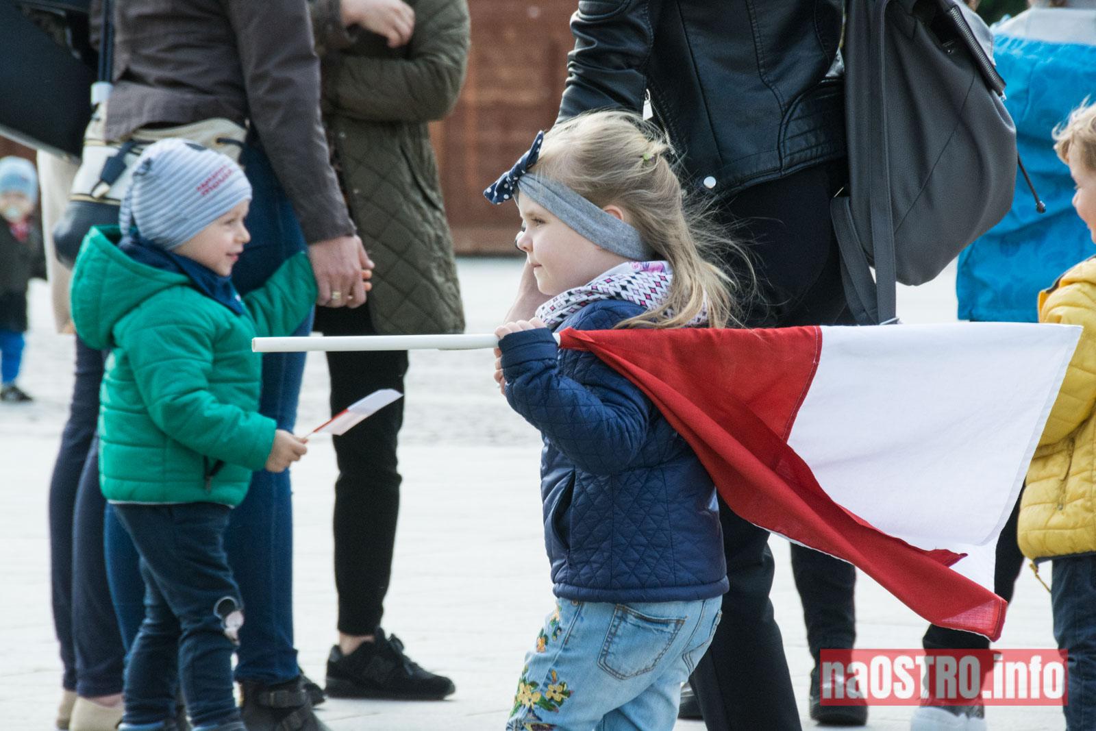 NaOSTRO dzien flagi rynek-3