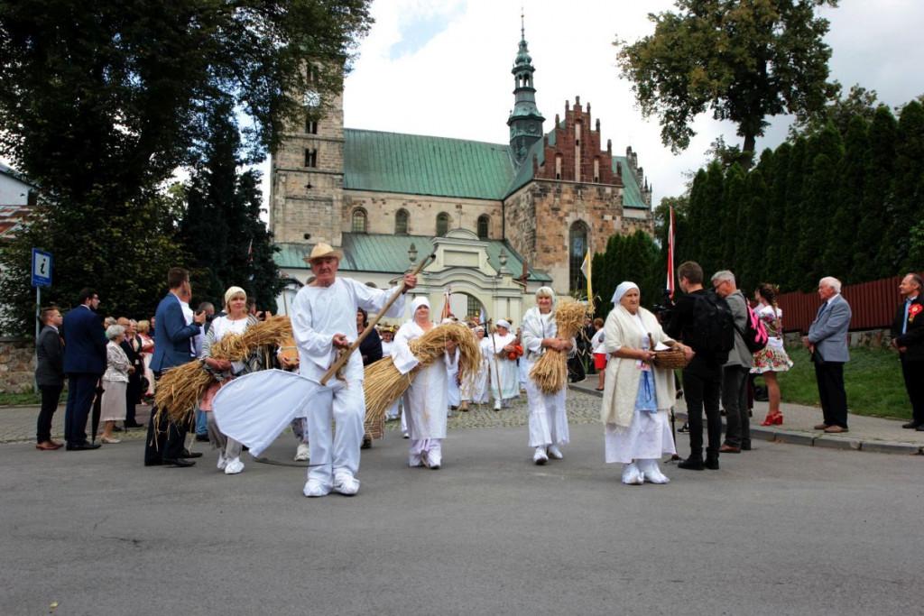 Dożynki-Wojewódzkie-w-Opatowie-2019-13-1024x683