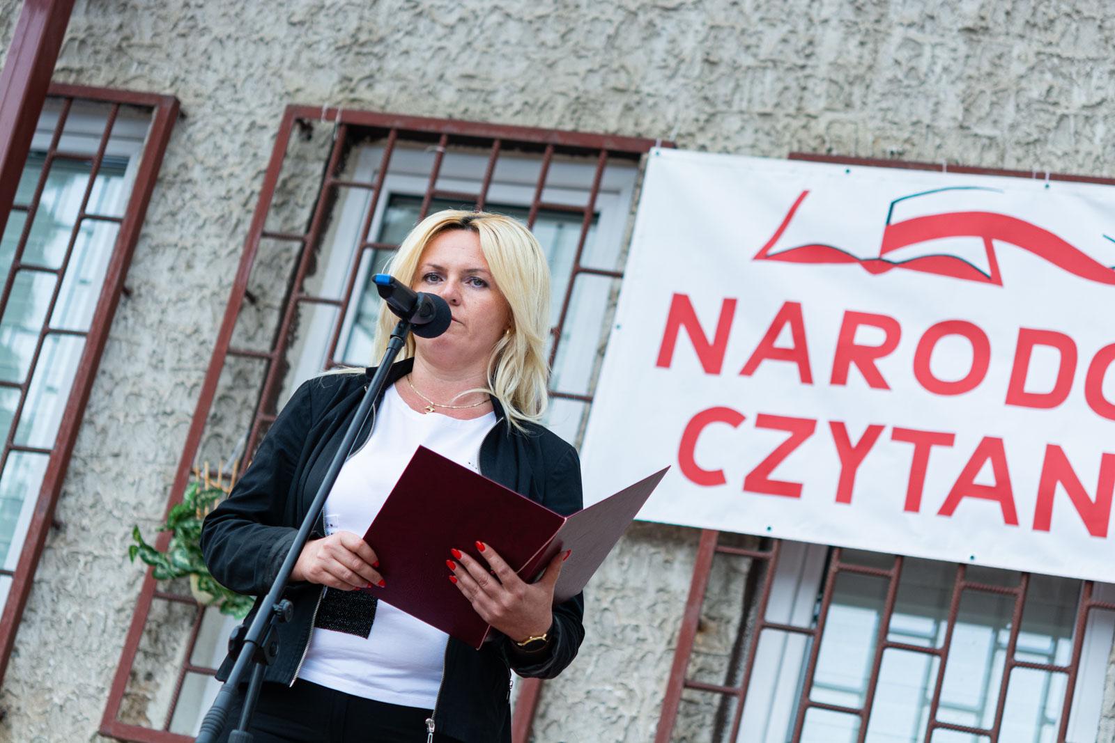 NaOSTRO Narodowe Czytanie Ćmielów-4