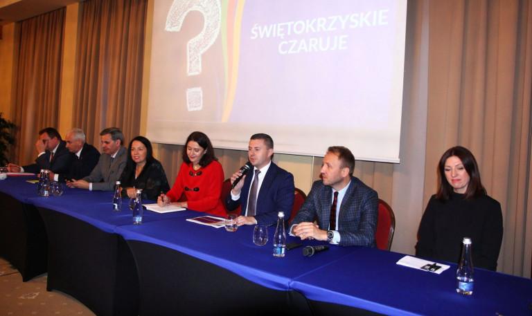 IV-Sejmik-Turystyczny-prezes-ROT-Województwa-Świętokrzyskiego-Marcin-Piętak-768x457