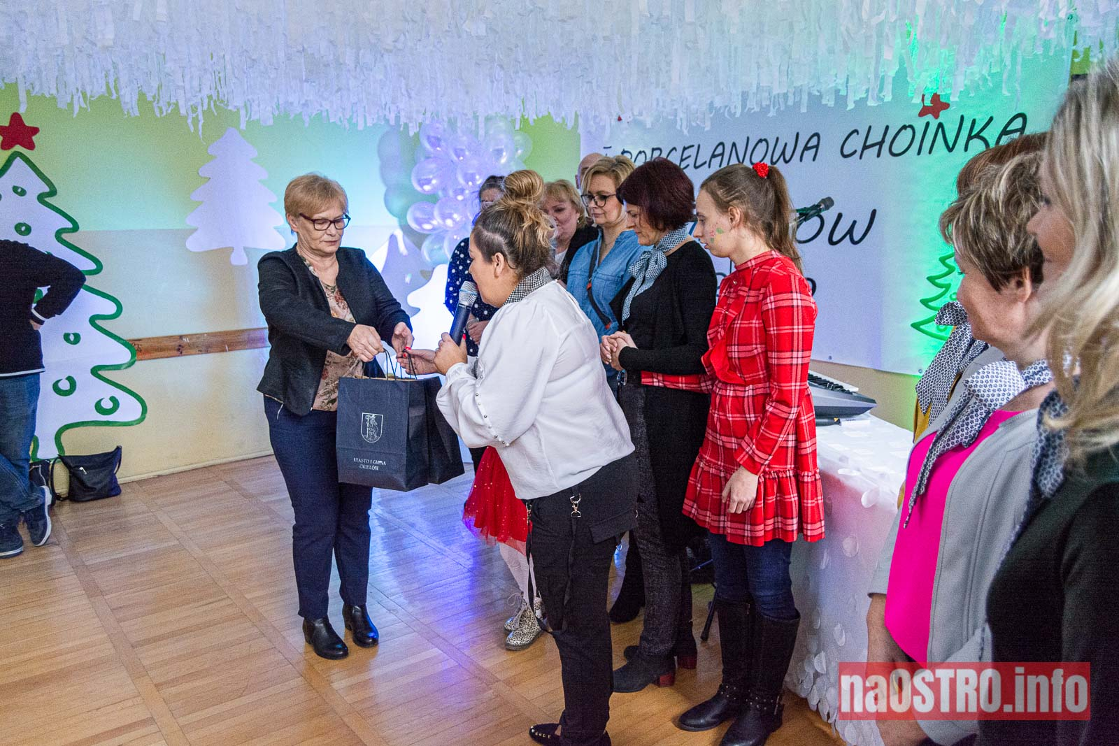 NaOSTRO I Choinka Porcelanowa ćmielów 2020-8