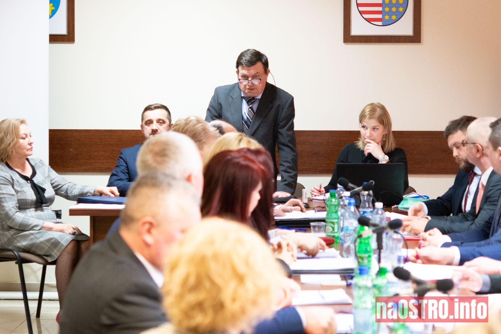 NaOSTRO I Sesja Rady Gminy Bałtów 2002-1