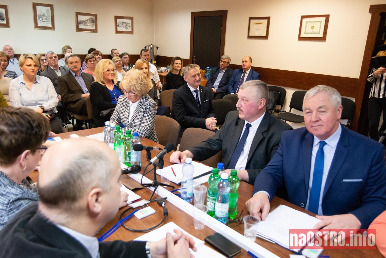 NaOSTRO I Sesja Rady Gminy Bałtów 2002-3