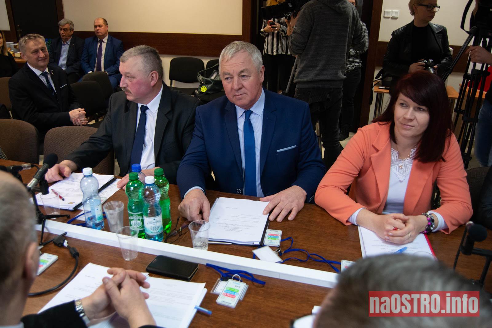 NaOSTRO I Sesja Rady Gminy Bałtów 2002-4