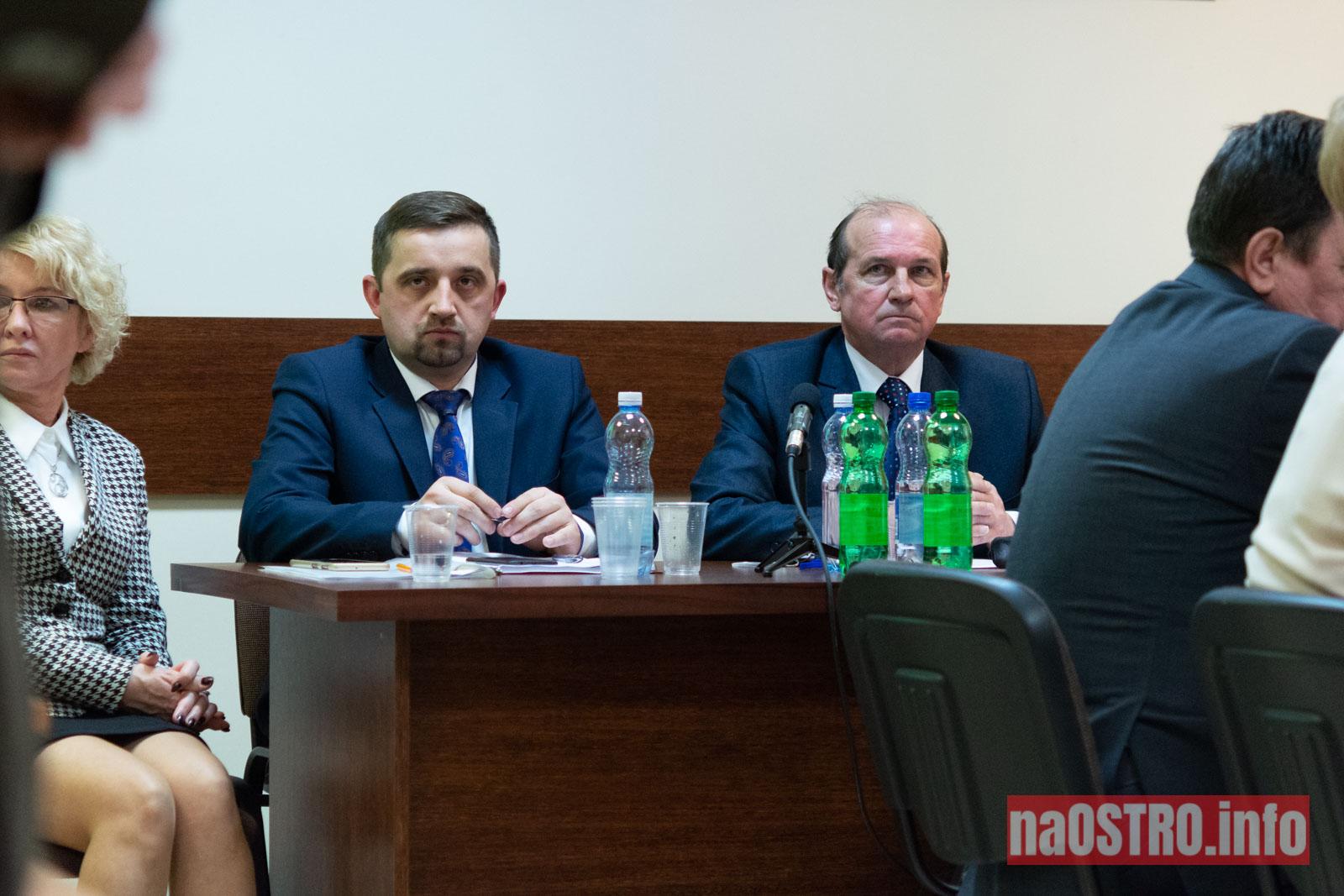 NaOSTRO I Sesja Rady Gminy Bałtów 2002-40