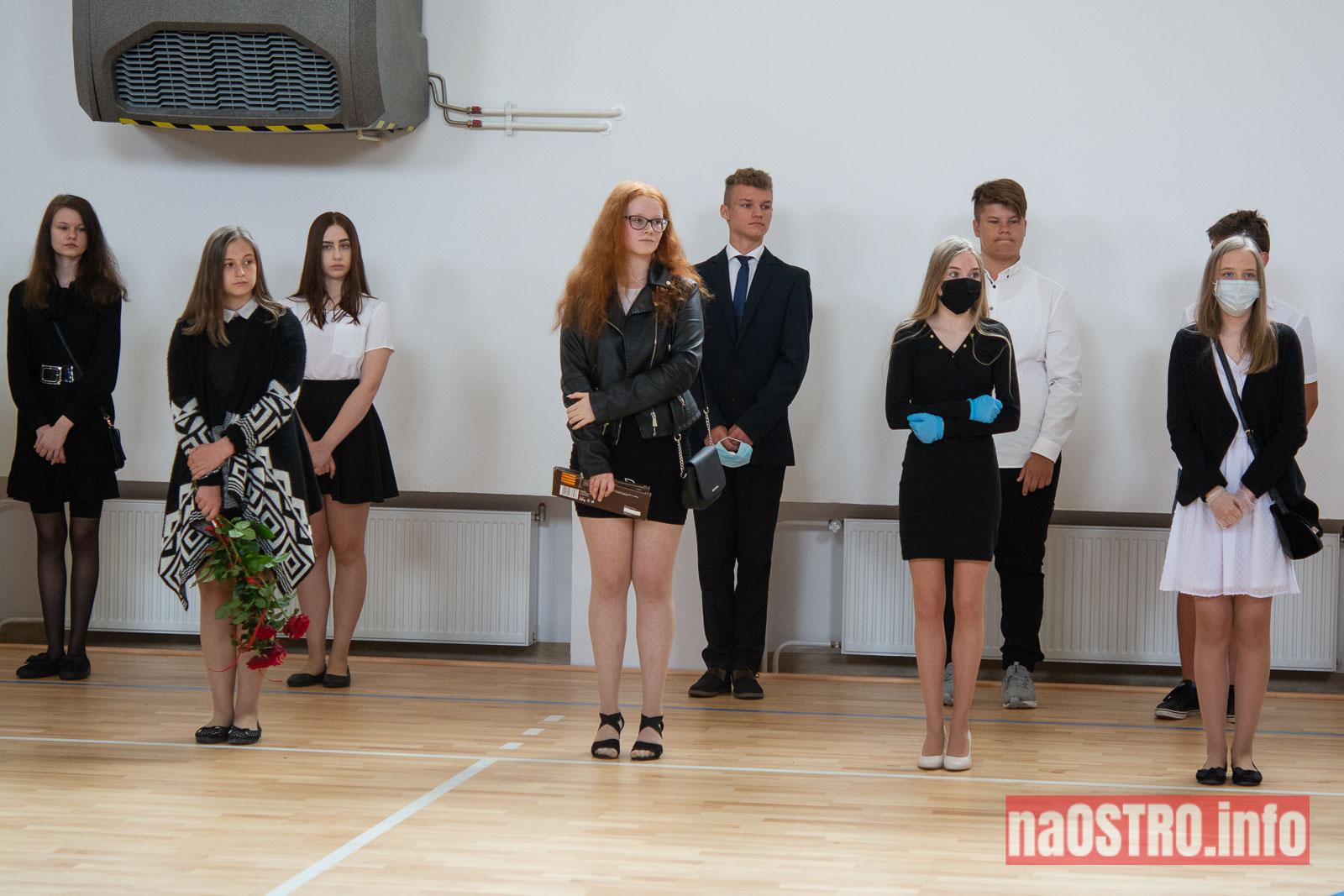 NaOSTROinfo Zakończenie Roku Szkolengo 8 klas Bałtów-1003