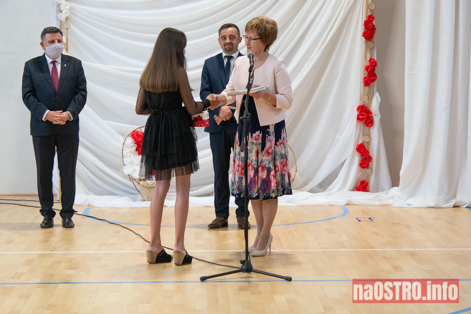 NaOSTROinfo Zakończenie Roku Szkolengo 8 klas Bałtów-1016