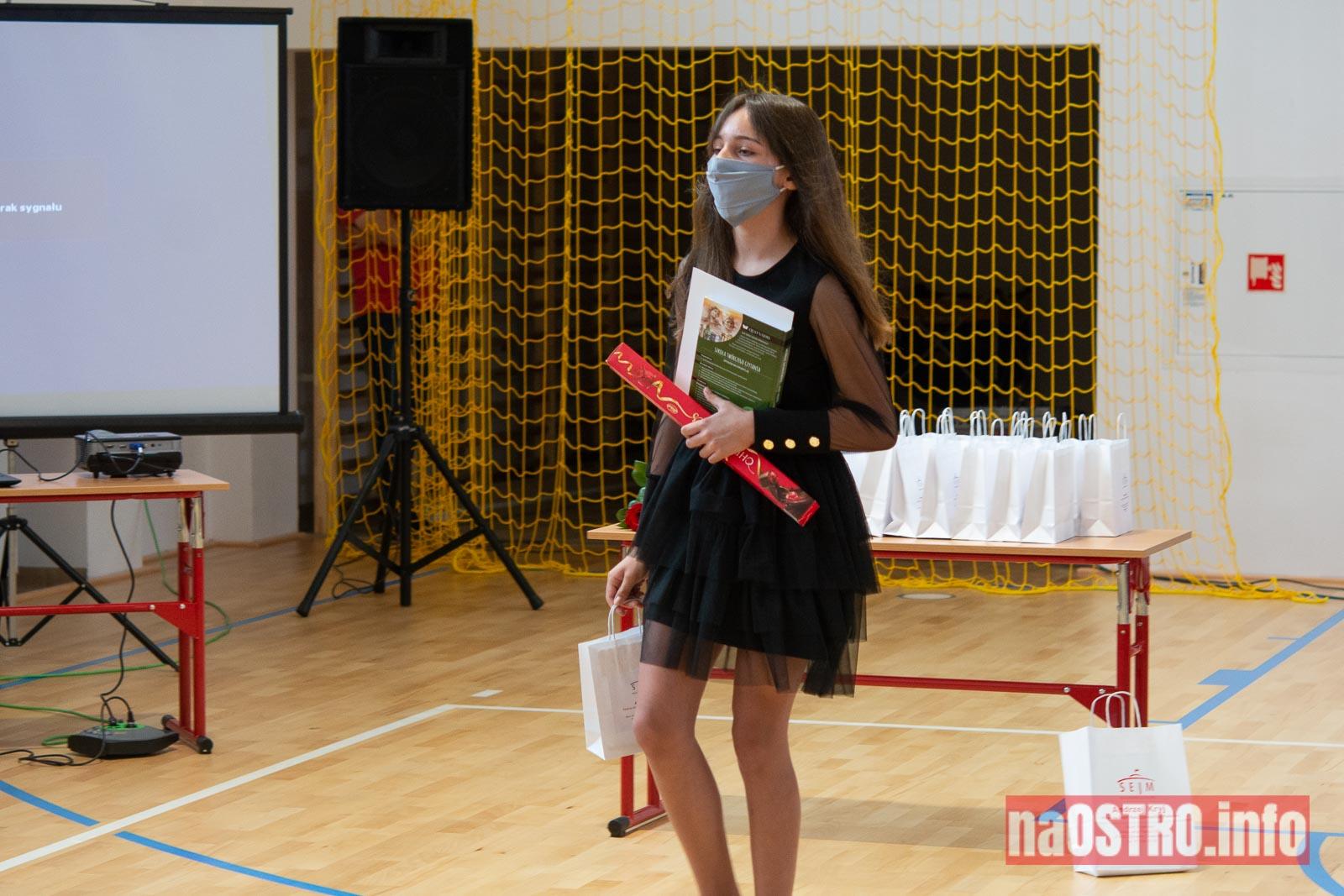 NaOSTROinfo Zakończenie Roku Szkolengo 8 klas Bałtów-1019