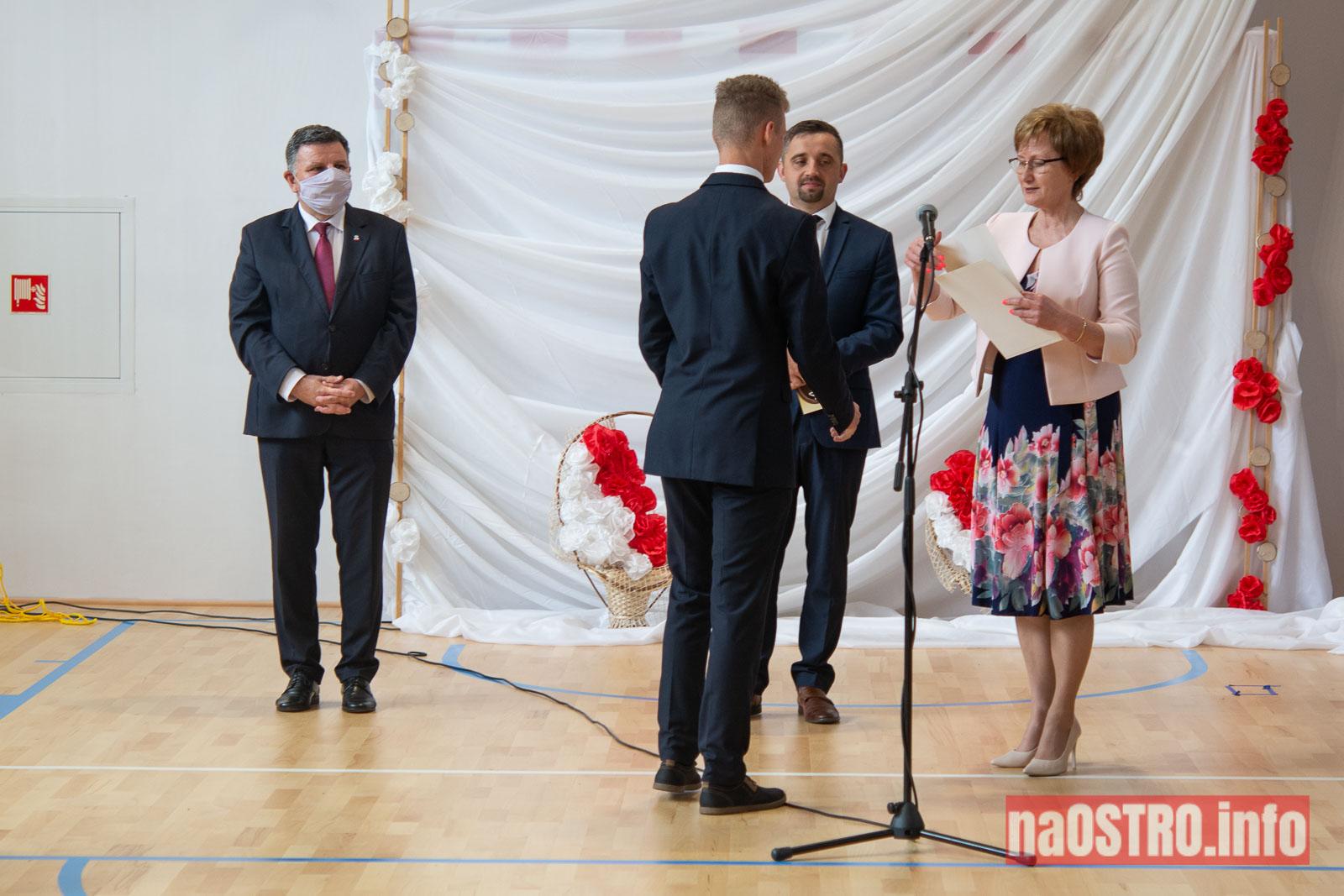 NaOSTROinfo Zakończenie Roku Szkolengo 8 klas Bałtów-1031