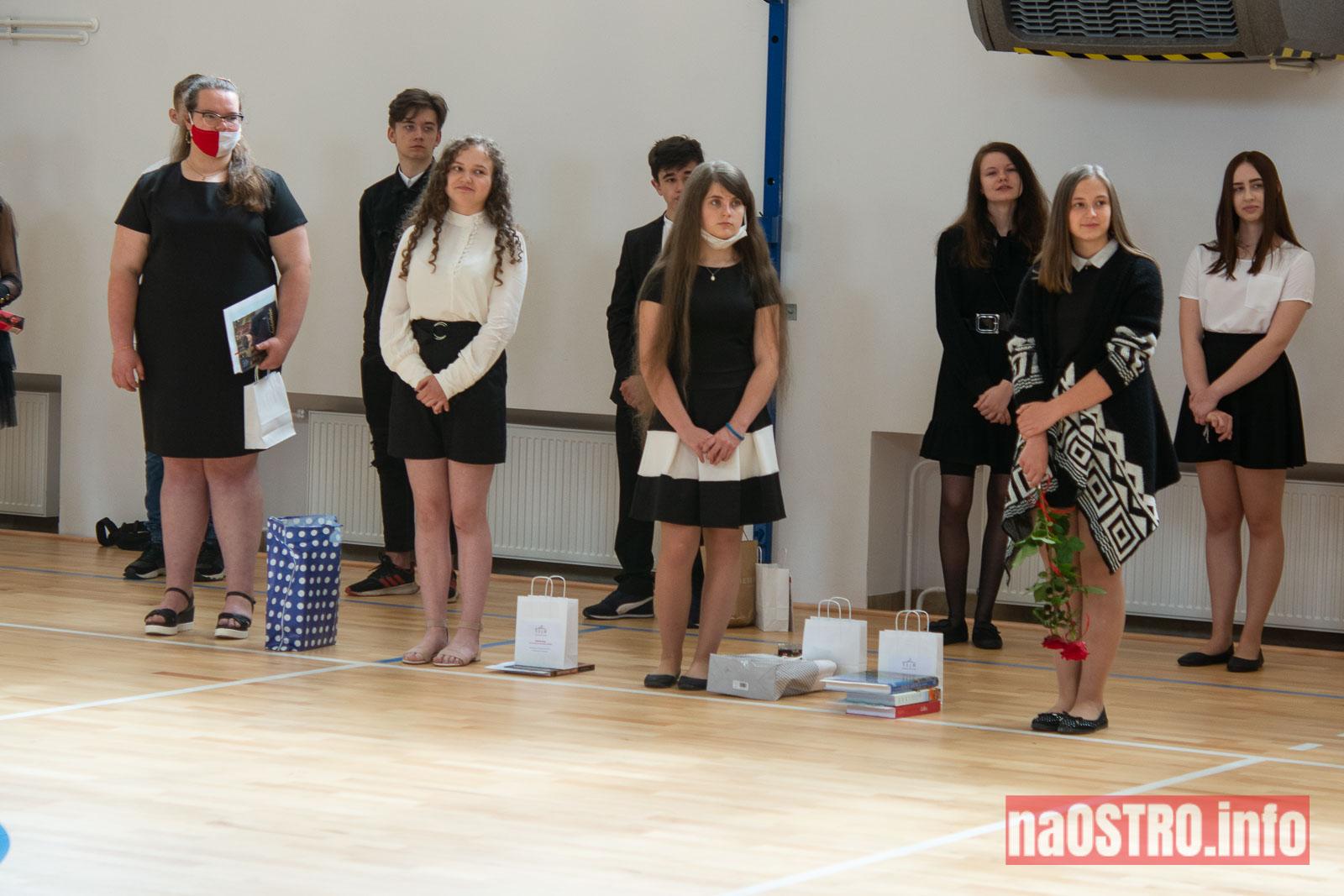NaOSTROinfo Zakończenie Roku Szkolengo 8 klas Bałtów-1036