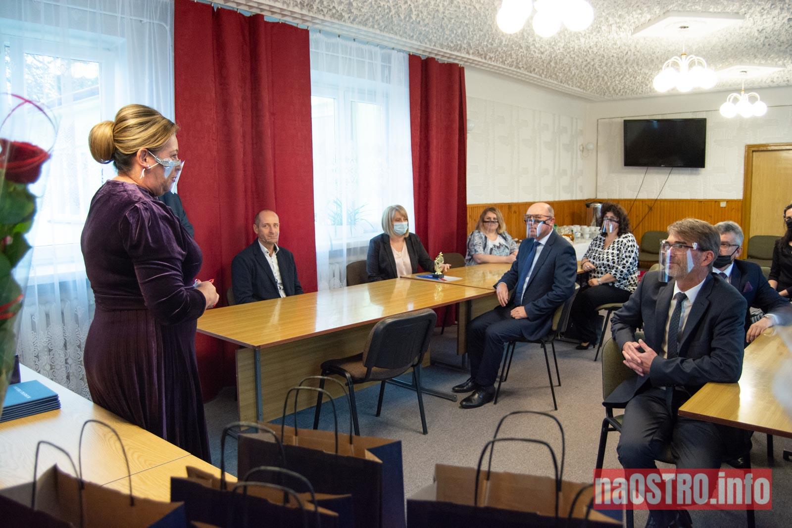 NaOSTRO.info Dzien nauczyciela cmielow-2988