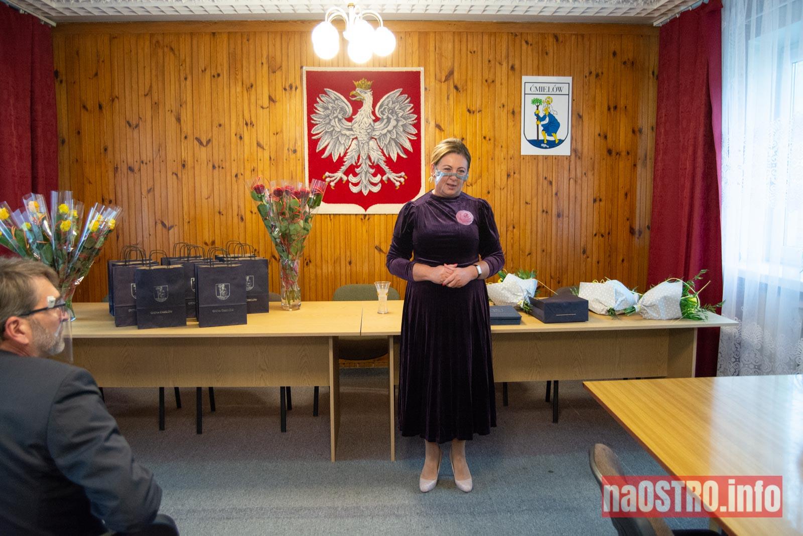 NaOSTRO.info Dzien nauczyciela cmielow-2994