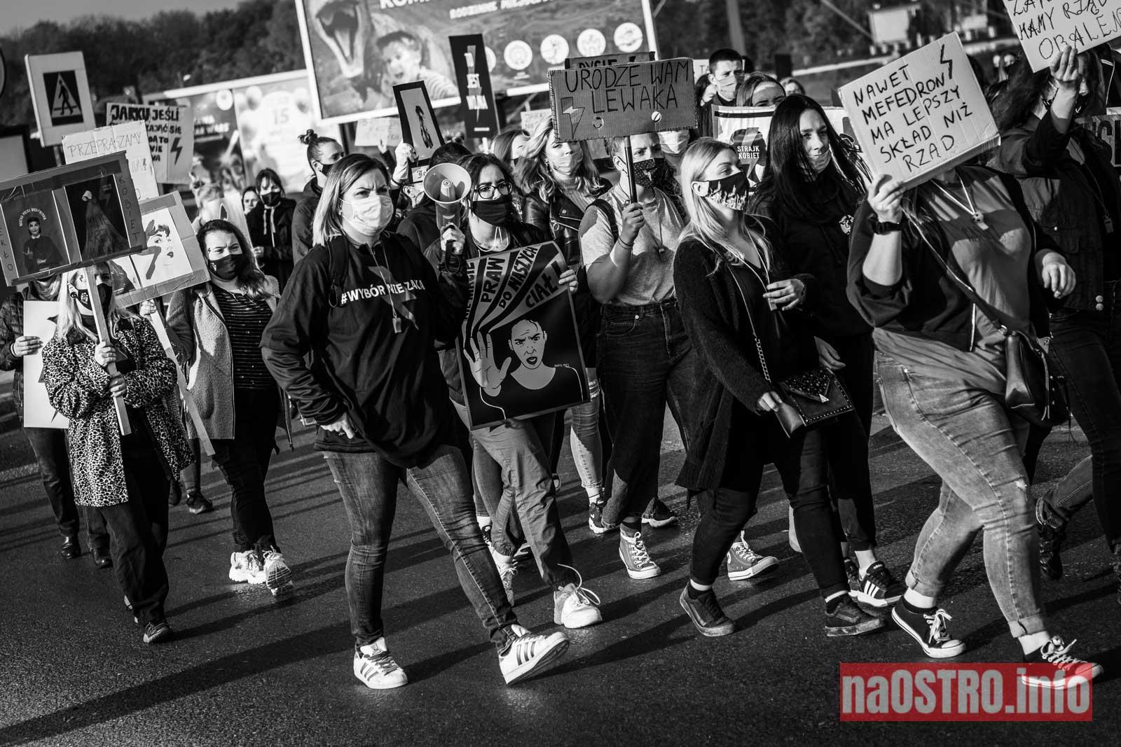NaOSTROinfo Strajk Kobiet-30