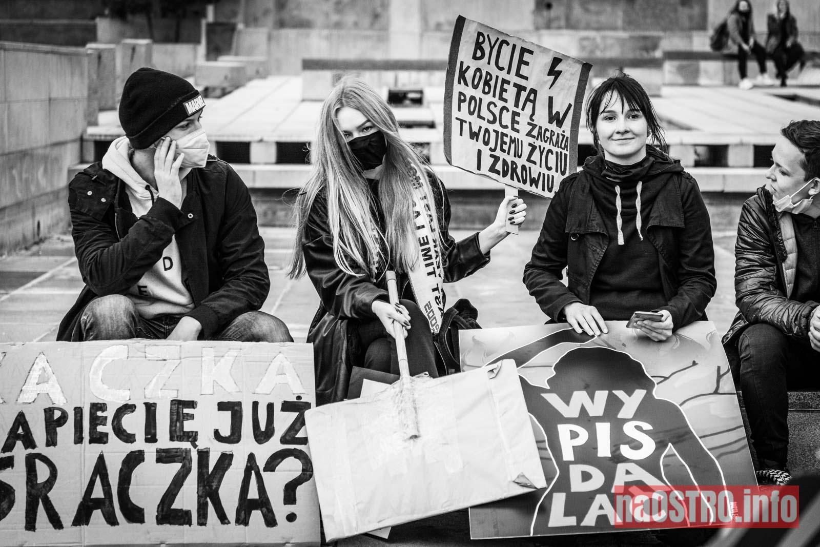 NaOSTROinfo Strajk Kobiet-38