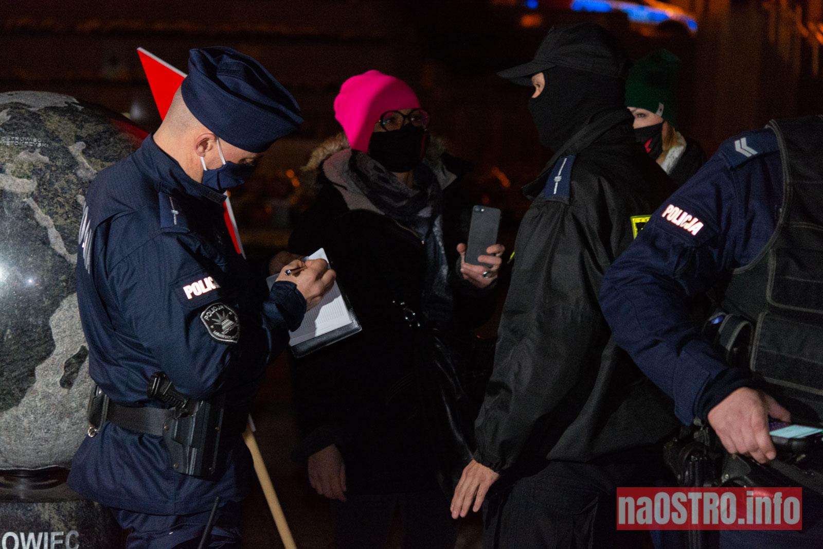 NaOSTROinfo Strajk Kobiet 231120-9