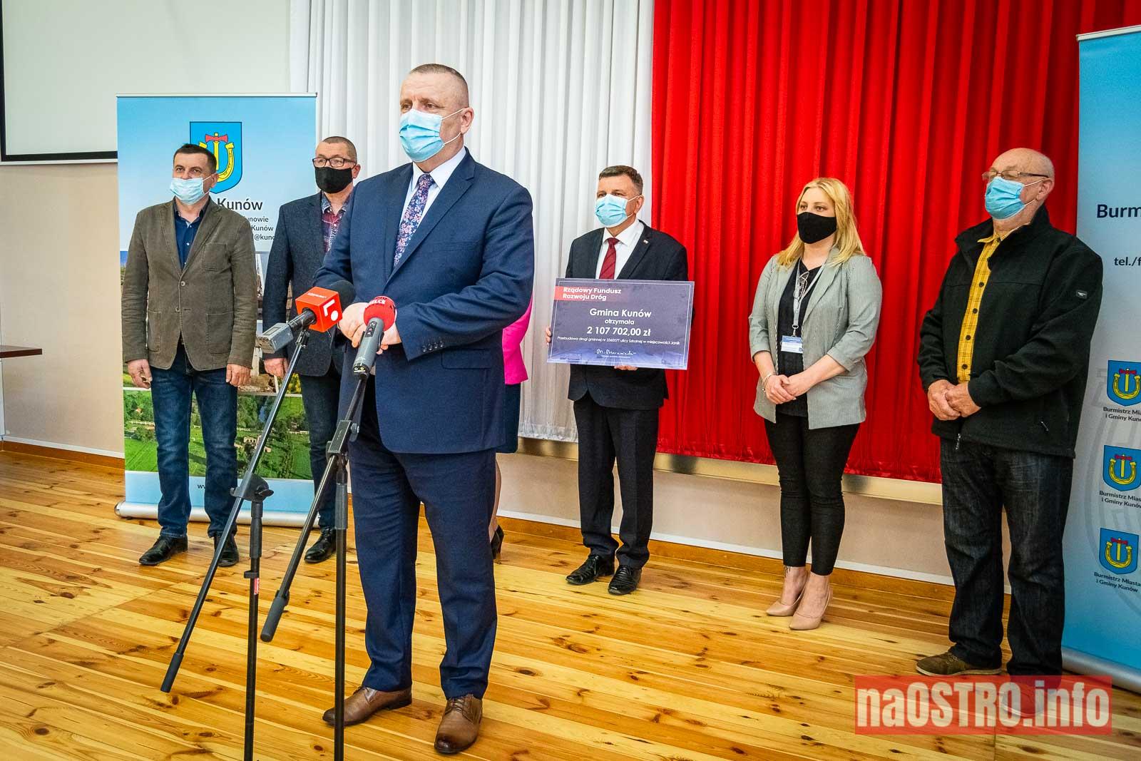 NaOSTROinfo czek ul Szkolna Janik-3